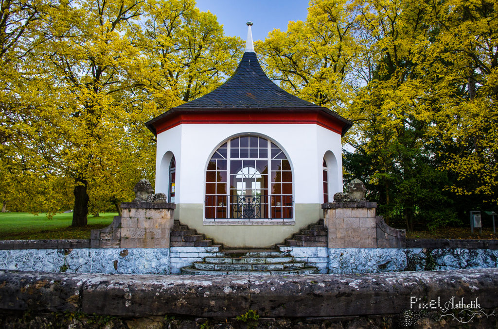 Häuschen am Bergfried