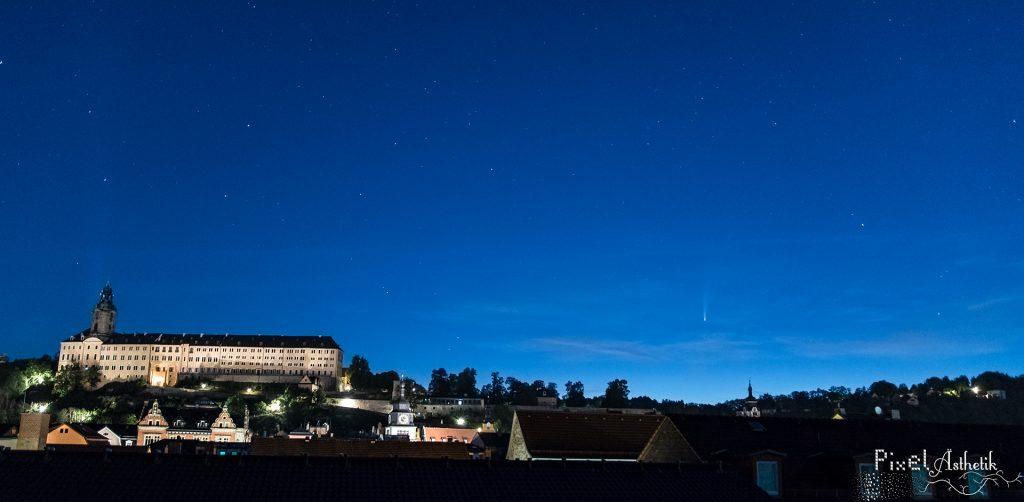 C/2020 F3 (NEOWISE) & die Heidecksburg